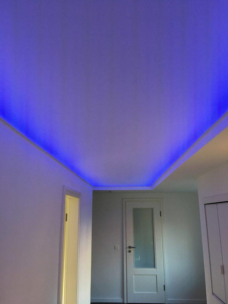 Decken Beleuchtung Blau